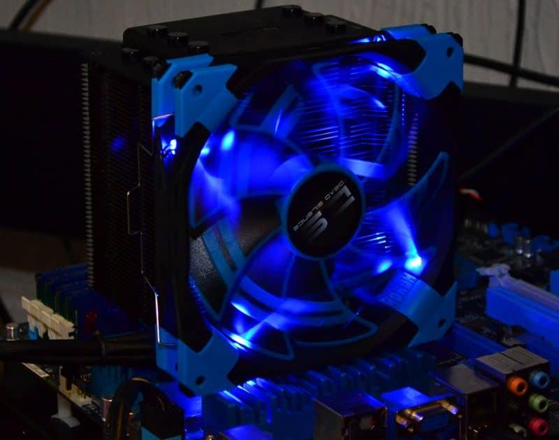 Вентилятор Deepcool WIND BLADE 120 120x120x25 3pin 27dB 1300rpm 119g белый LED