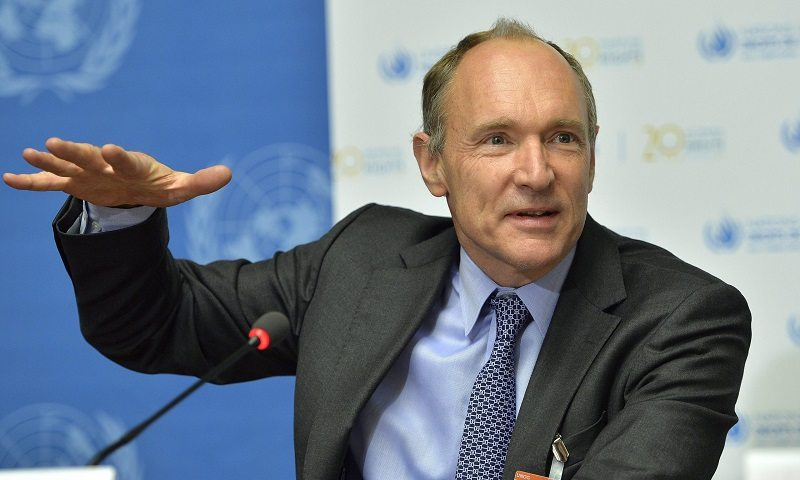 tim berners lee Learn about the history of the ineternet, including the timelines and heroes who played a role in its invention.