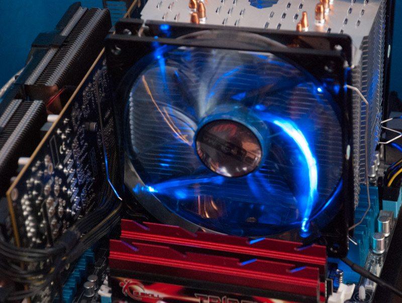 Prolimatech_Vortex_14_blue_led (8)