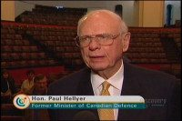 paul hellyer former canadian defence minister