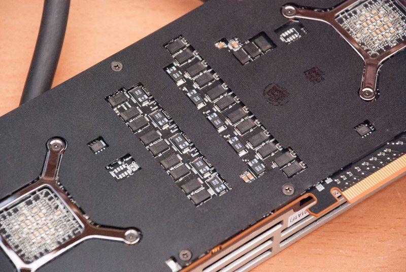 AMD R9 295X2 (10)