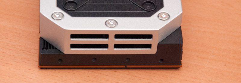 AMD R9 295X2 (12)