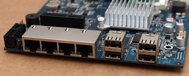 Synology_DS1513+_PCB_IO