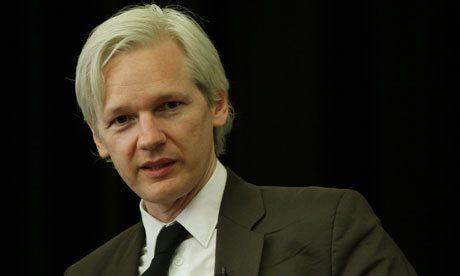Julian Assange 007
