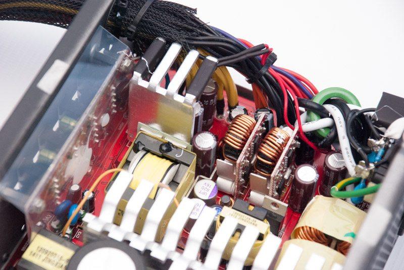 Cooler Master V750 (16)