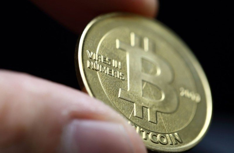 43614 01 supporters concerned mainstream bitcoin interest now stalling full
