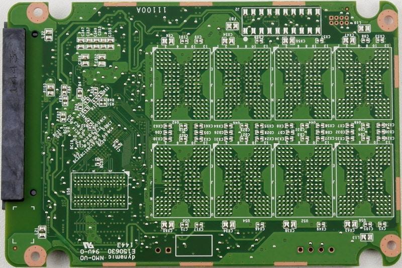 Crucial_BX100_500GB-Photo-PCB_rear