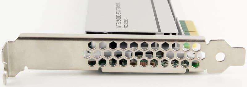 Intel_750_PCIe_1200GB-Photo-bracket