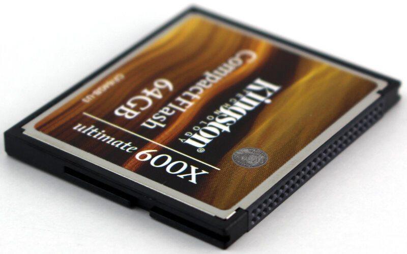 Kingston_Ultimate_600x-Photo-connector angle