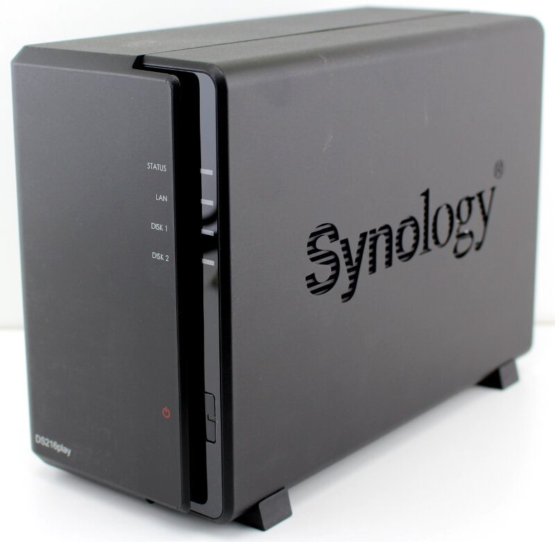 Synology_DS216play-Photo-front angle