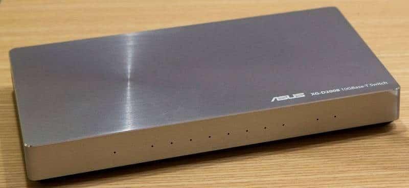 ASUS XG-D2008 10-Gigabit switch front