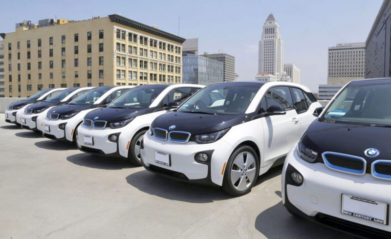 The LAPD Favouring Electric BMWs Over Tesla!