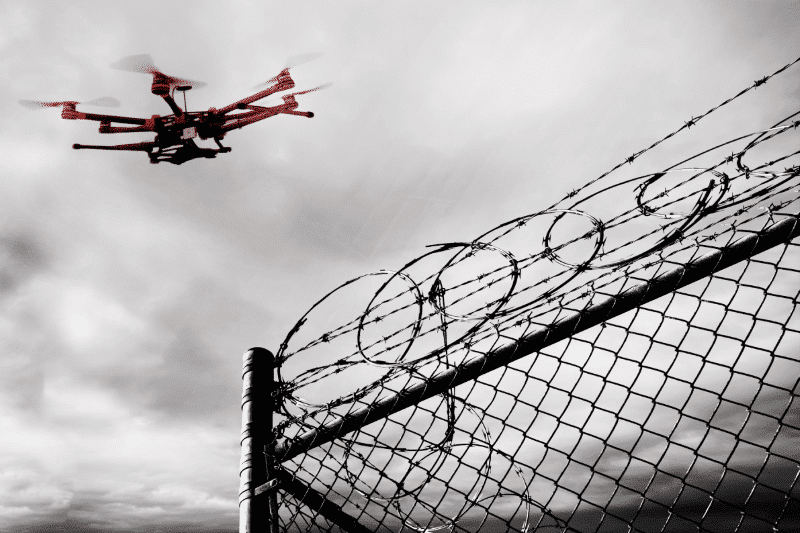 First Quadcopter Pilot Jailed for Smuggling Drugs into Prison