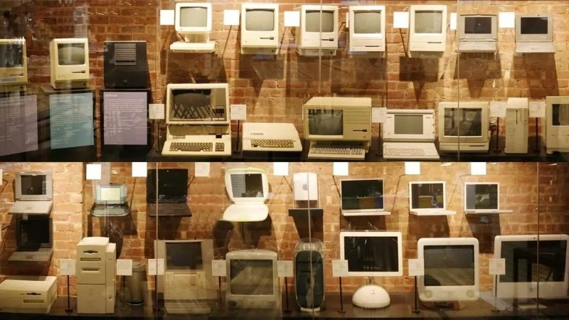 Tekserve's Massive Mac Museum is Being Auctioned Off