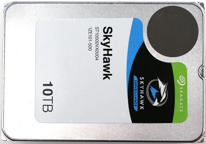 Seagate_SkyHawk-Photo-top