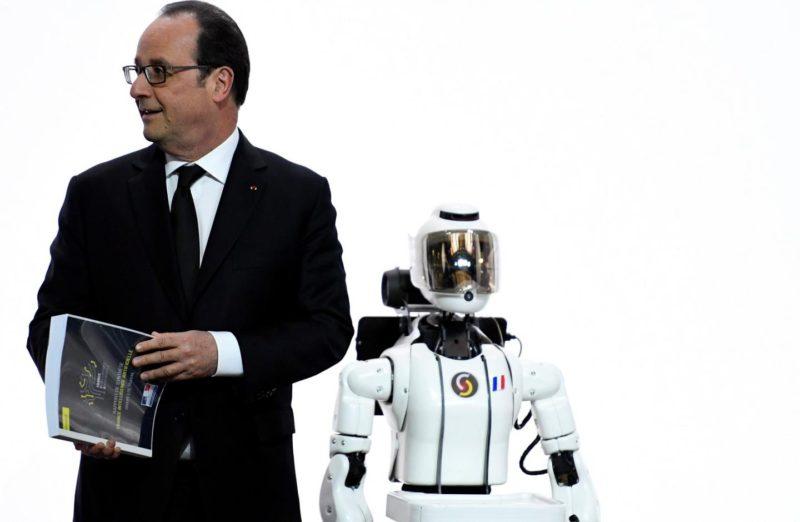 UK Survey Shows 1-in-4 Believe Robots Would Do a Better Job Than Human Politicians