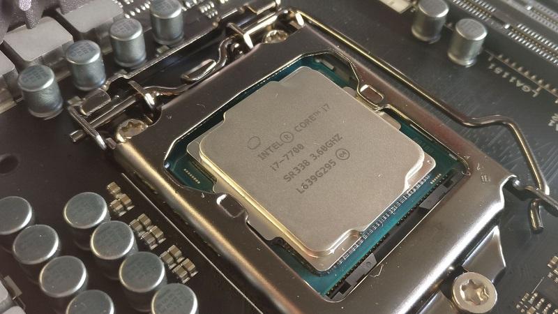 Intel Core i7-7700 Suffering High Temperature Spikes