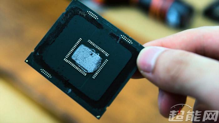 Intel i7-8700K Still Using TIM–Requires Delidding for 5GHz