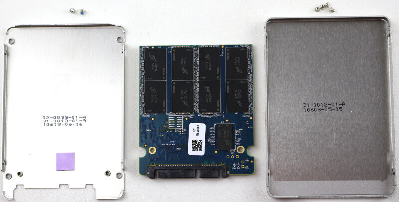 Crucial MX500 1TB Photo closeup inside out