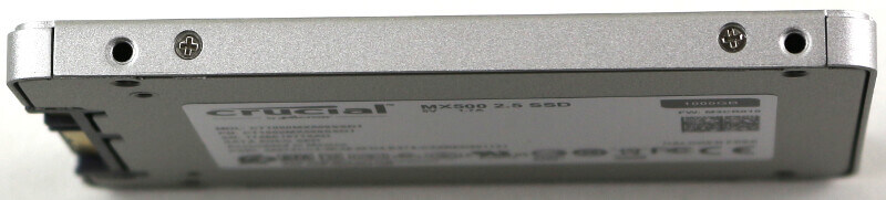 Crucial MX500 1TB Photo view side