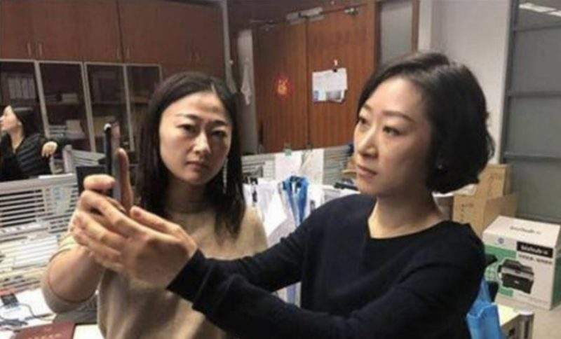 iPhone X Face ID Unable to Tell Two Chinese Woman Apart