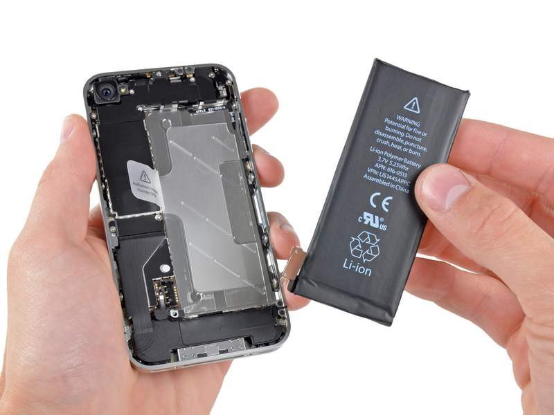 iFixit Lowers Battery Replacement Price to Match Apple's
