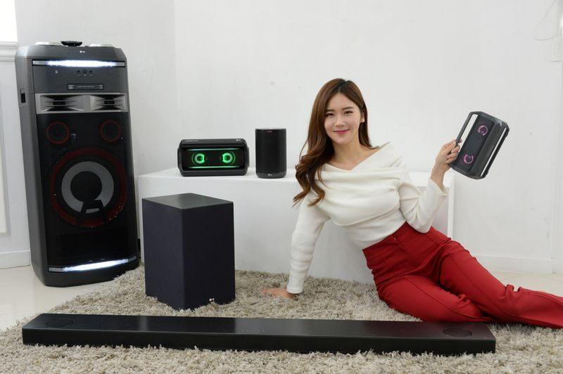 LG Reveals Smart Speaker Line Ahead of CES 2018