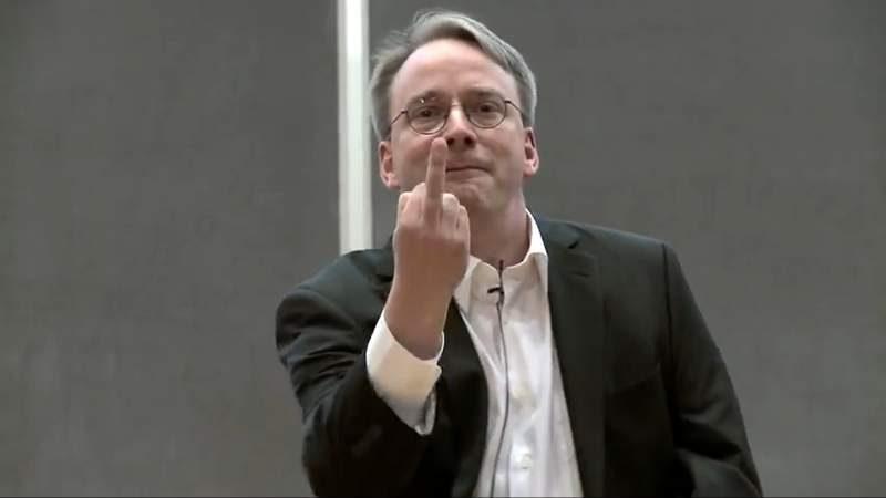 """Linus Torvalds Calls Intel's Meltdown/Spectre Fix """"Utter Garbage"""""""