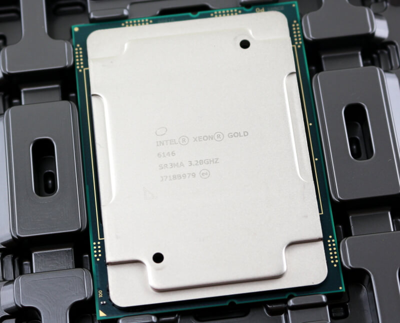 Intel Xeon Gold 6146 LGA3647 Photo package closeup