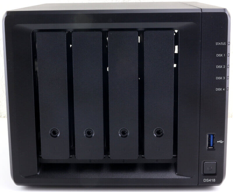 Synology DS418 Photo view front