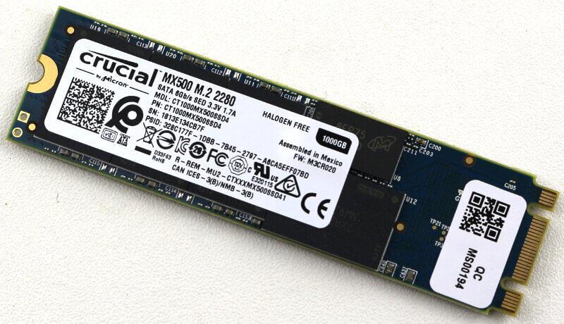 Crucial MX500 M2 1TB Photo view bottom angle 1