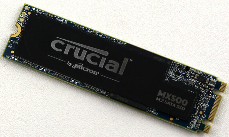 Crucial MX500 M2 1TB Photo view top angle 1