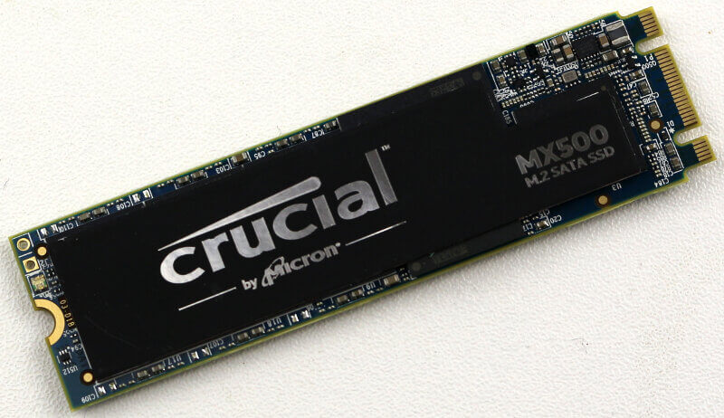 Crucial MX500 M2 1TB Photo view top angle 2