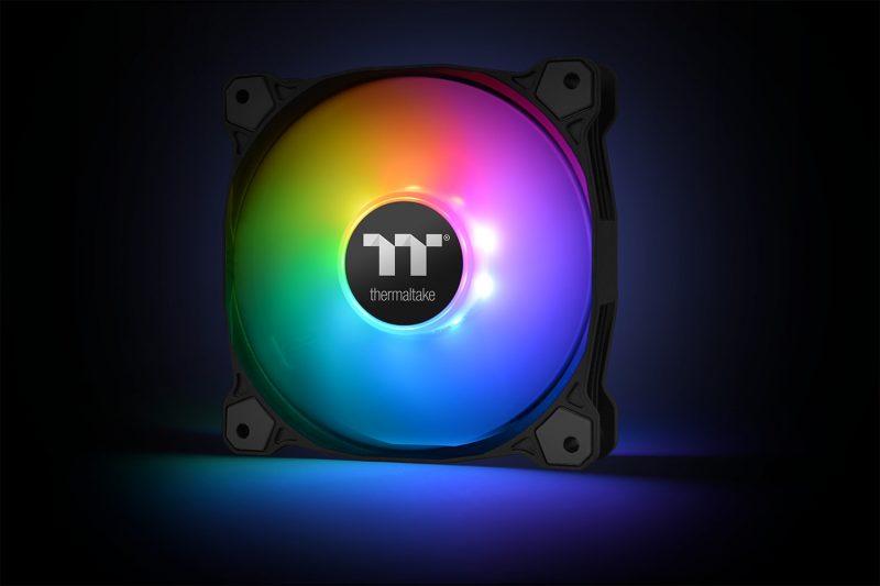 Thermaltake Pure Plus 12 LED RGB Radiator Fan TT Premium Edition 2 preview