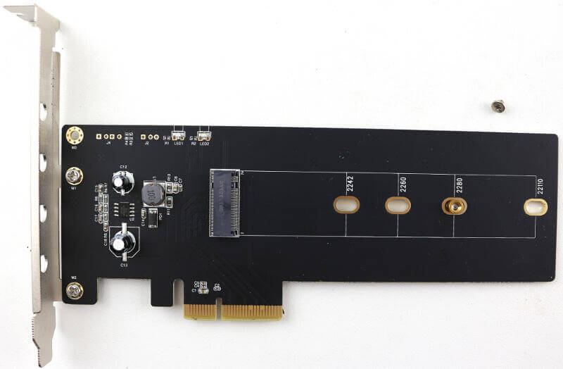 GOODRAM IRDM Ultimate 240GB Photo view card front