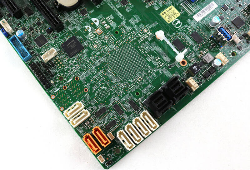 Supermicro H11SSL-i Photo details storage