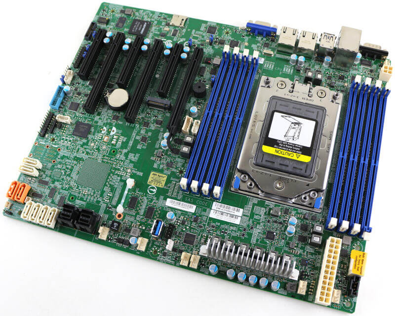 Supermicro H11SSL-i Photo view top angle