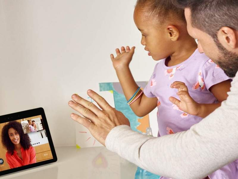 New 2nd Gen Amazon Echo Show Upgrades Screen and Sound