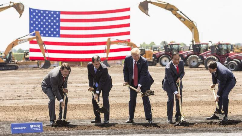 Foxconn May Bring Chinese Employees to Wisconsin Plant