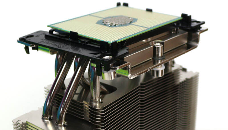 Noctua NH-U14S DX-3647 Photo details cpu on heatsink