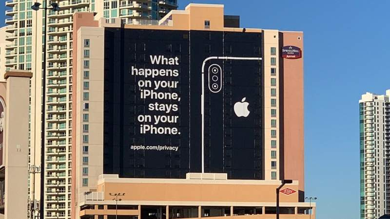 Apple Trolls Competitors with Privacy-Related Ad at CES