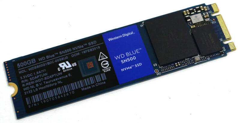 WD Blue SN500 500GB Photo view top other angle