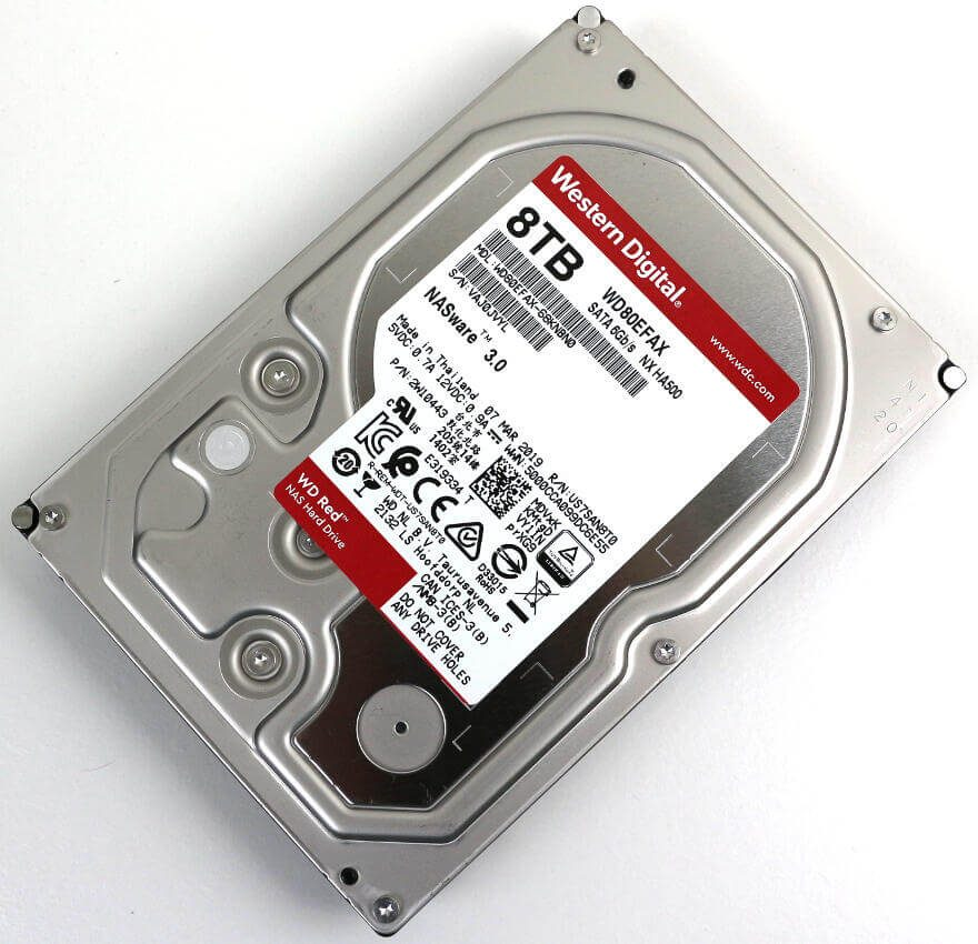 Western Digital WD RED 8TB Photo view angle 1