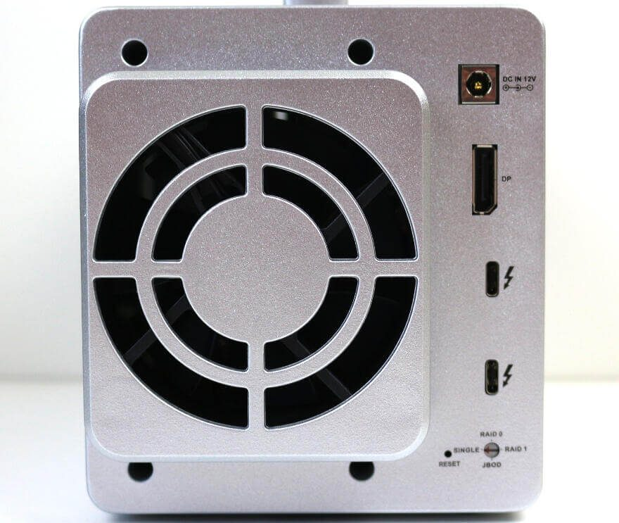 TerraMaster D2 Thunderbolt 3 Photo view rear