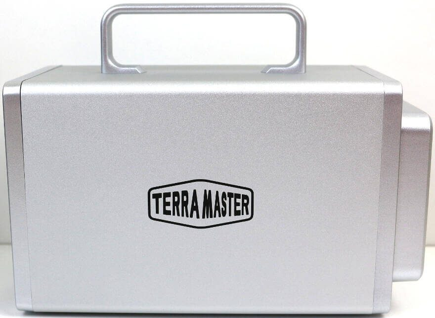 TerraMaster D2 Thunderbolt 3 Photo view side 2