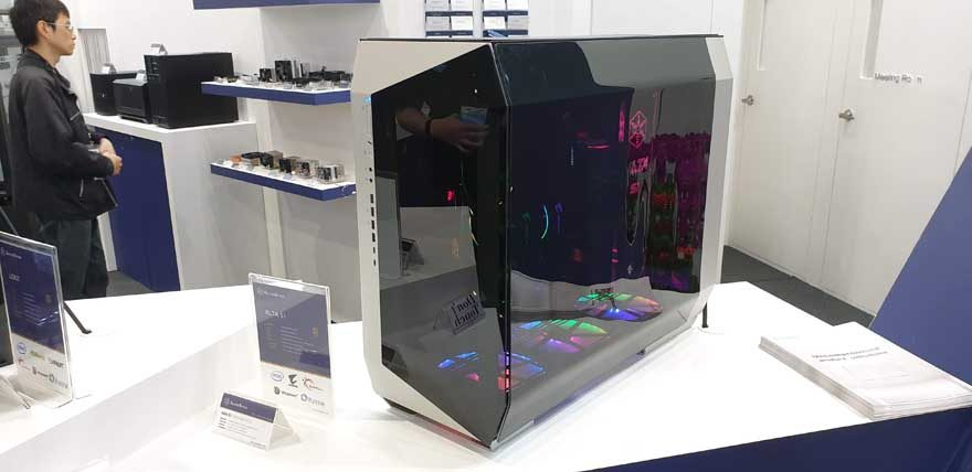 """Silverstone's Upcoming Flagship """"ALTA"""" Case is Insane!"""