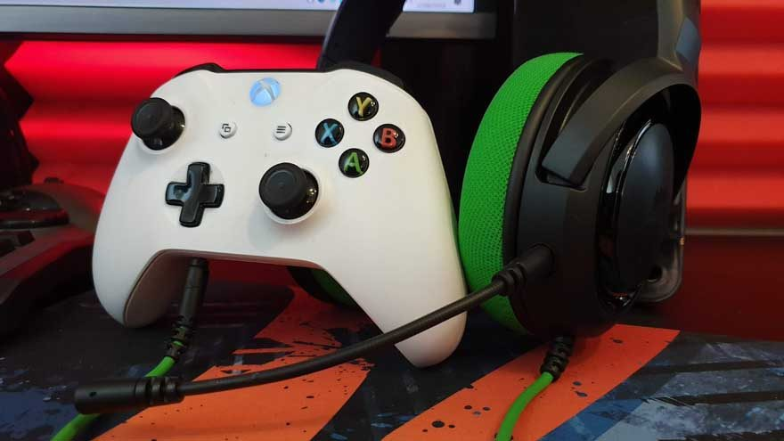 Corsair HS35 Stereo Multi-Format Gaming Headset Review