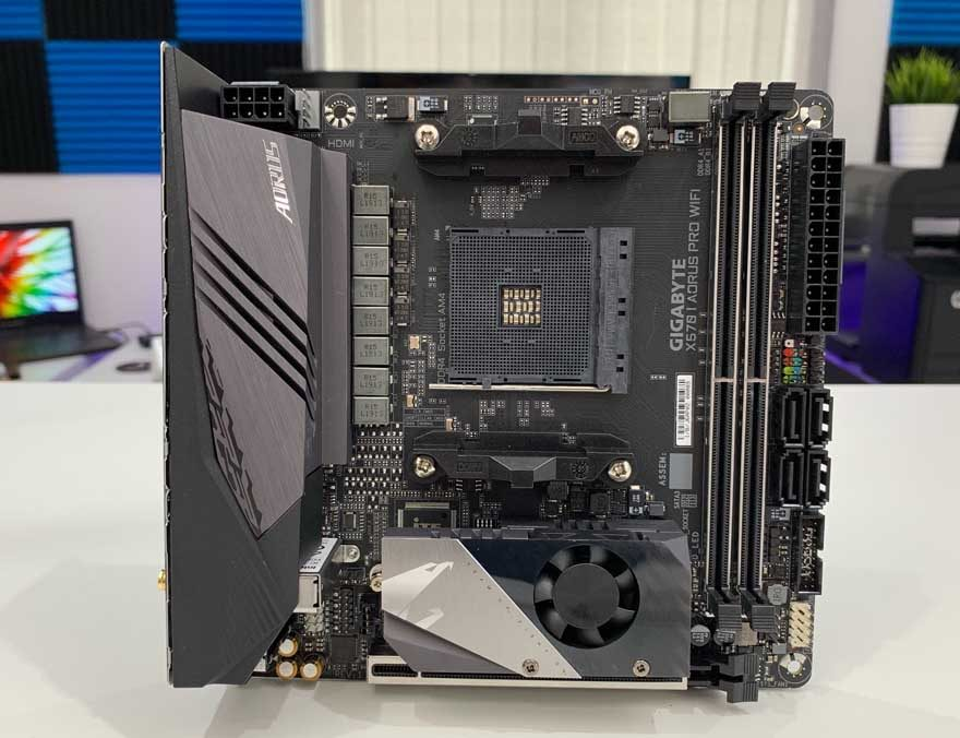 Gigabyte X570 I AORUS Pro WiFi Motherboard Preview