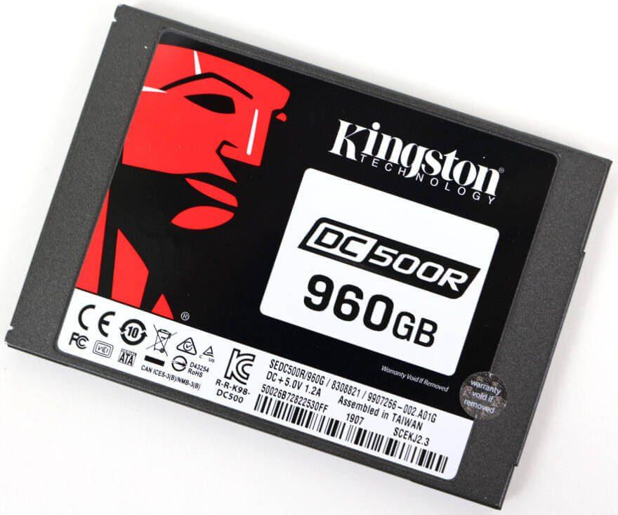 Kingston DC500 DC500R 960GB Photo view top angle 1