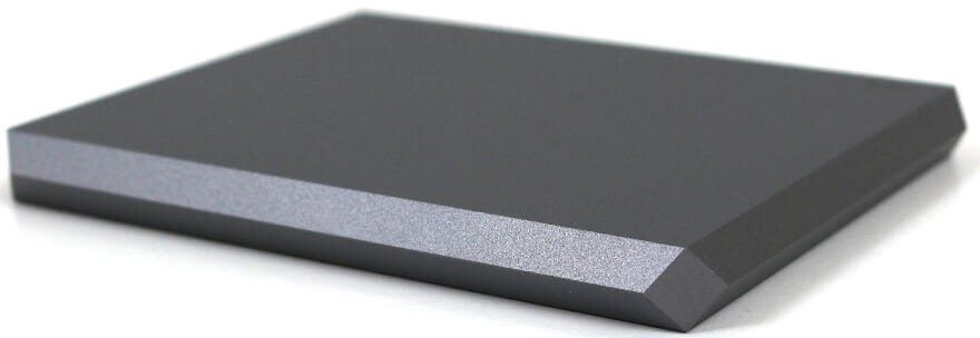 LaCie Mobile SSD 2TB Photo view side 2